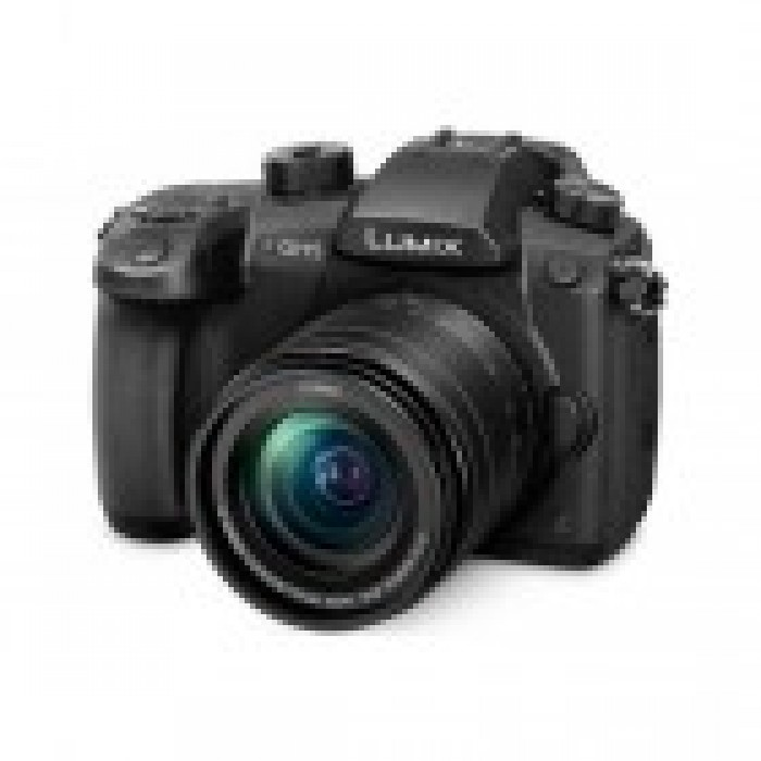 Panasonic Lumix DC-GH5 Mirrowless Camera with 12-35IImm Lens
