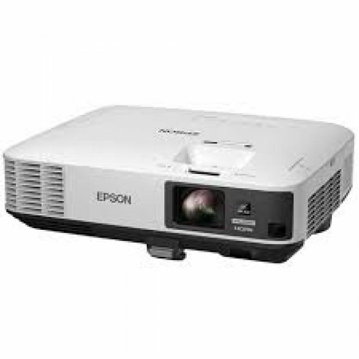Epson 5000 Lumens PowerLite 2255U Projector