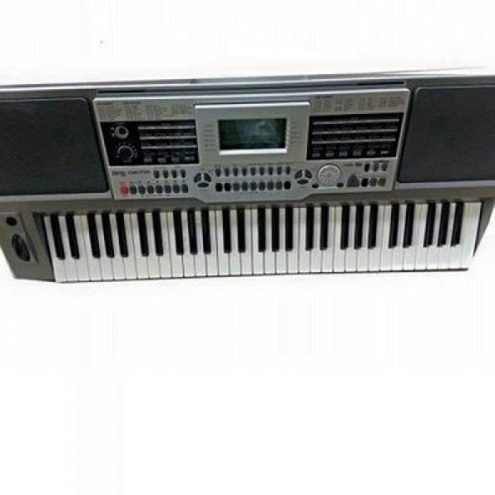 Cerox CSR-M211 Organ   Response 32 Polyphony, 580 Voice, 200 Styles, 155 Songs, LCD Display